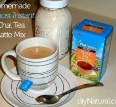 Powder Mix Recipe for Daily Homemade Chai Lattes!