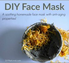 A Homemade Anti-Aging Green Clay Face Mask