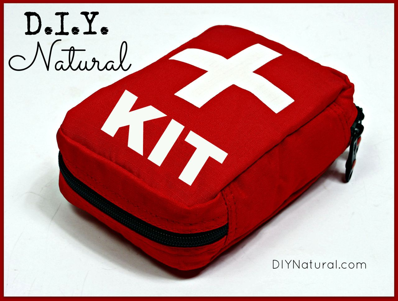 DIY First Aid Kit - A Homemade and Natural Solution