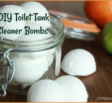 A Simple and Effective DIY Toilet Tank Cleaner Recipe