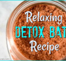 Relaxing Detox Bath with Red Clay and Epsom Salt