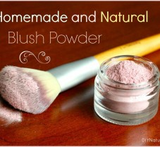 Homemade Recipe for an All-Natural Blush Powder
