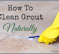 How to Clean Grout Naturally, Without Utter Fatigue