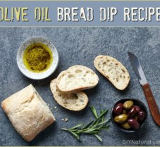A Delicious and Easy-to-Make Olive Oil Bread Dip
